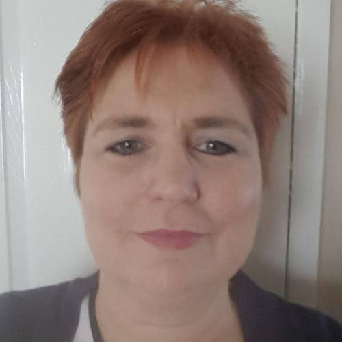 Elizabeth Moles